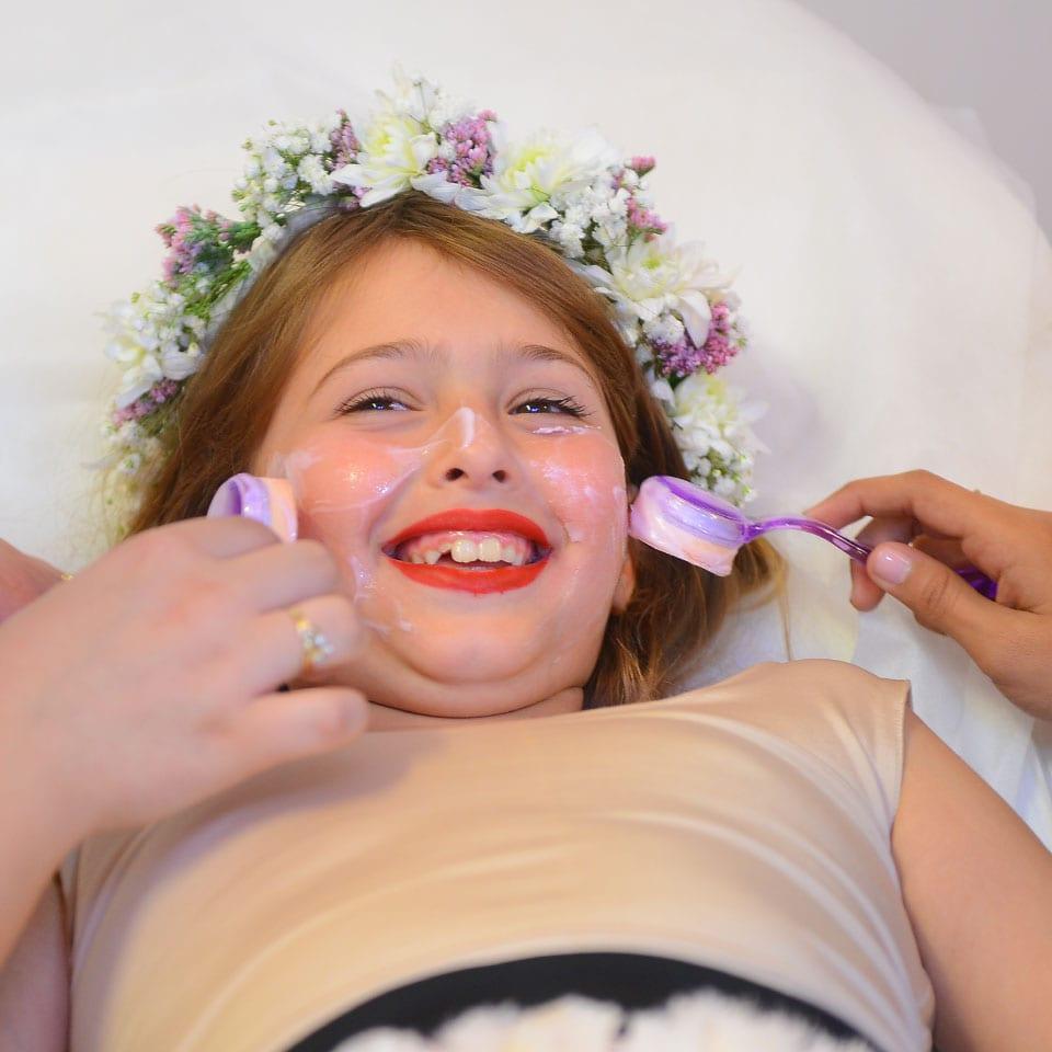 יום הולדת ספא לאלפיון העליון לאלילנד טיפול פנים