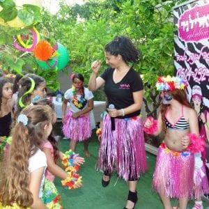יום הולדת הוואי - לאלילנד - ריקודים