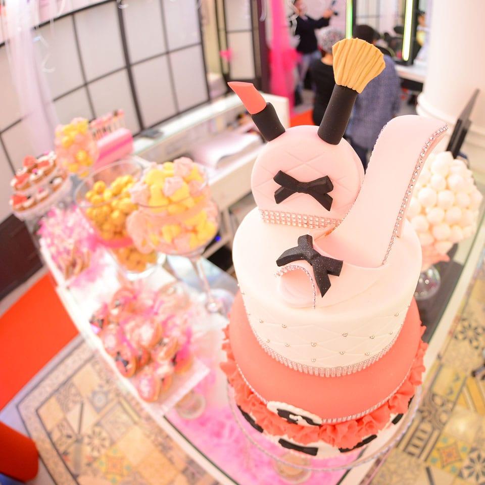 יום הולדת ספא לאלפיון העליון לאלילנד טקס עוגה מרגש