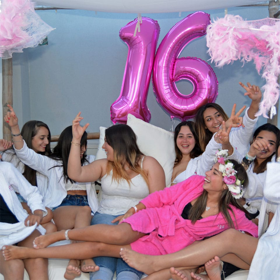 לאלילנד יום הולדת sweet 16