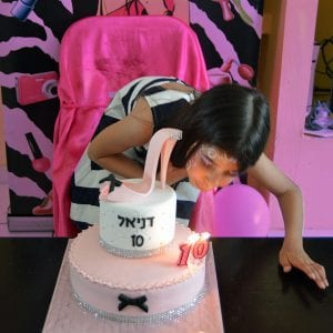 יום הולדת דוגמניות בלאלילנד - נקנח בטקס עוגה ייחודי ללאלילנד