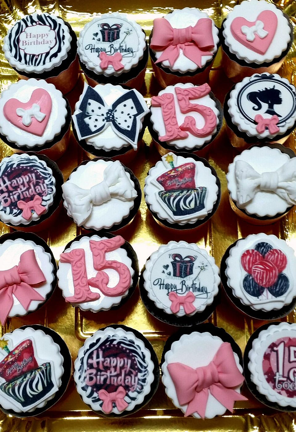 קאפקייקס יום הולדת 15