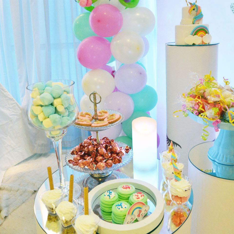 שולחן מעוצב יום הולדת חד קרן ספא פרטים לאלילנד