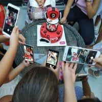 יום הולדת מיוזיקלי החברות מתלהבות לאלילנד