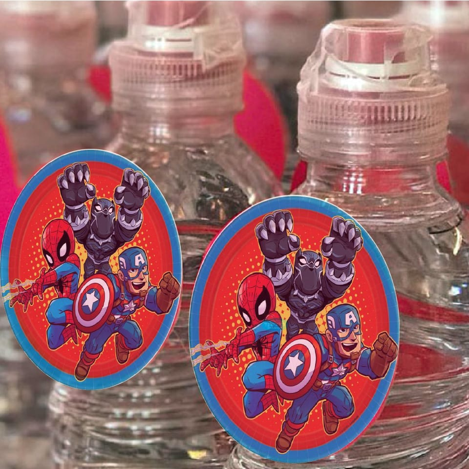 בקבוקי מים קטנים ממותגים לאלילנד