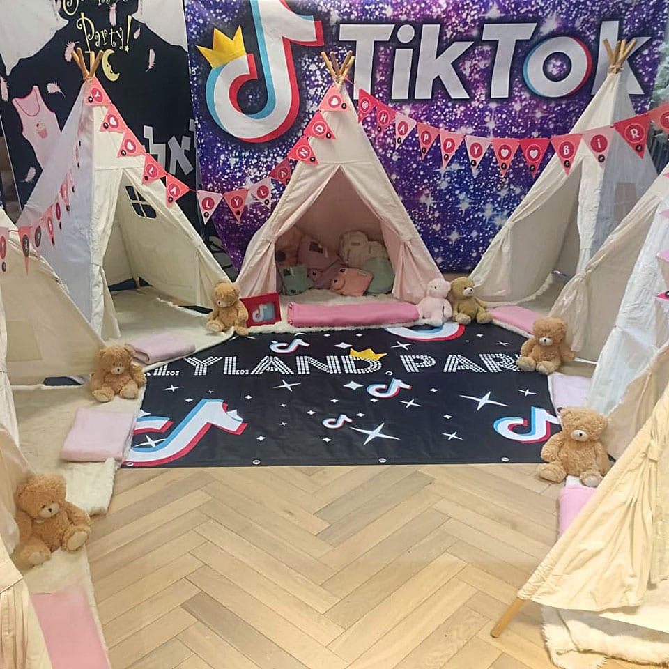 טיק טוק מסיבת פיג׳מות אוהלים לאלילנד