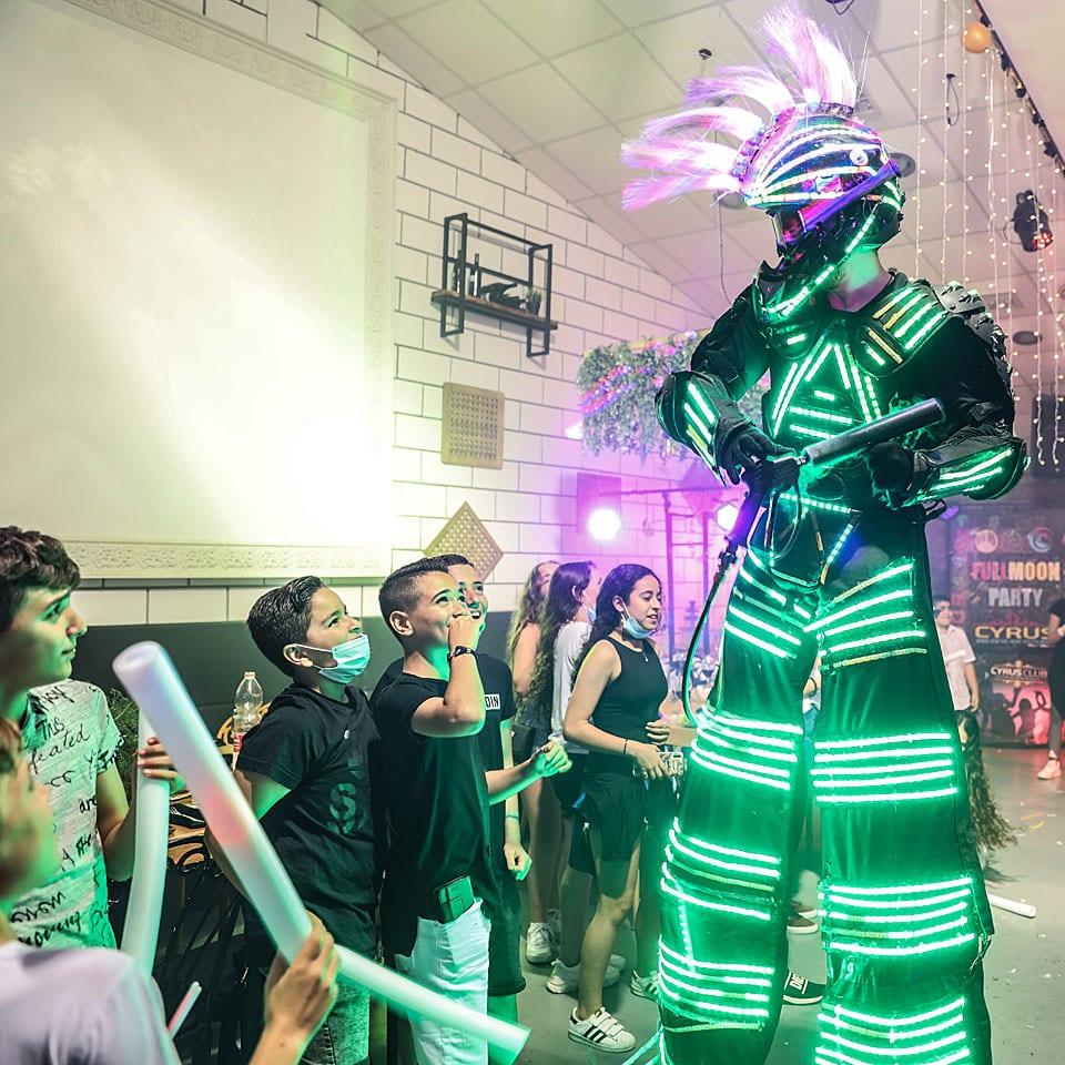 אירוע יוקרה ריקודים - לאלילנד